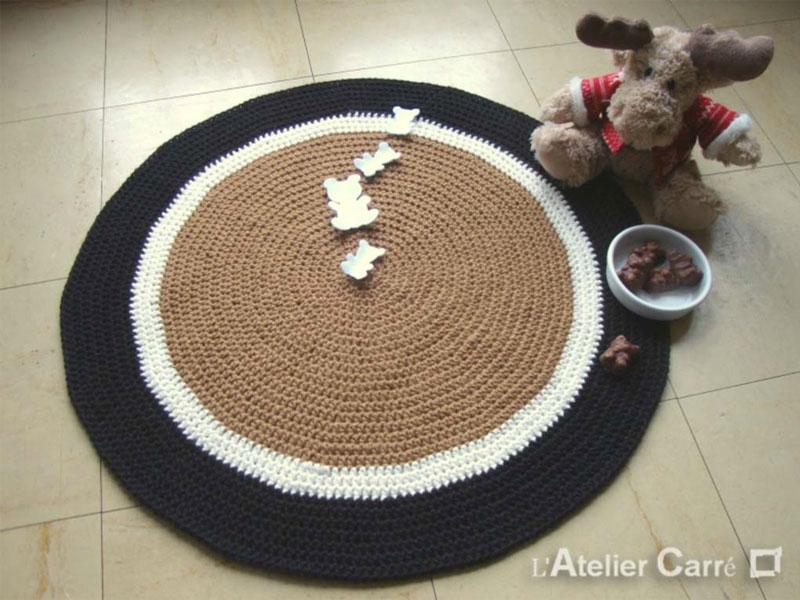 tapis rond coloré en laine personnalisable 3 couleurs et sujets
