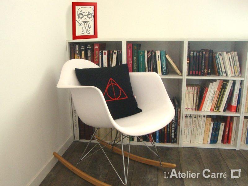 coussin tricot personnalisé symbole film harry potter