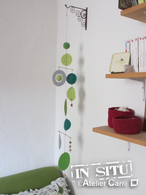guirlande mobile en laine vert