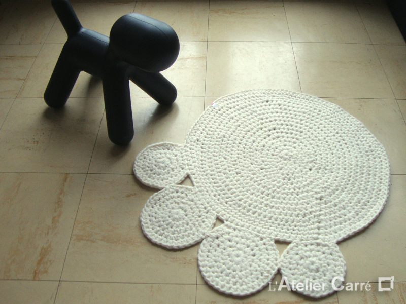 tapis-chien-chat-au-crochet-PM-beige3