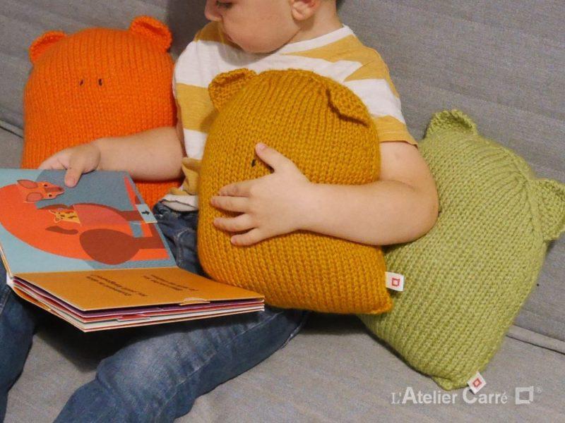 coussin enfant forme ours en tricot