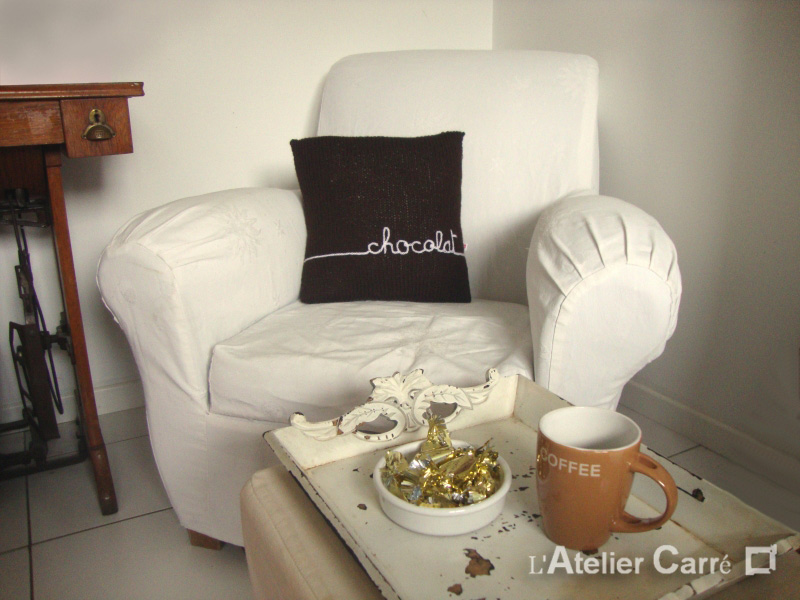 coussin-personnalise-tricot-chocolat
