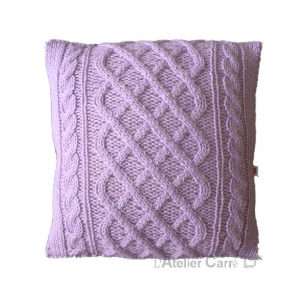 coussin en tricot torsadé laine bleu ciel