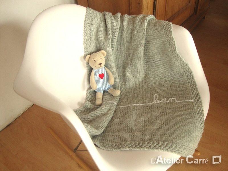 couverture bébé en tricot personnalisable prénom