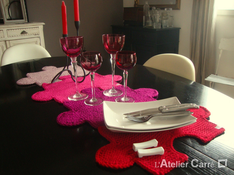 set-table-puzzle-rouge-rose