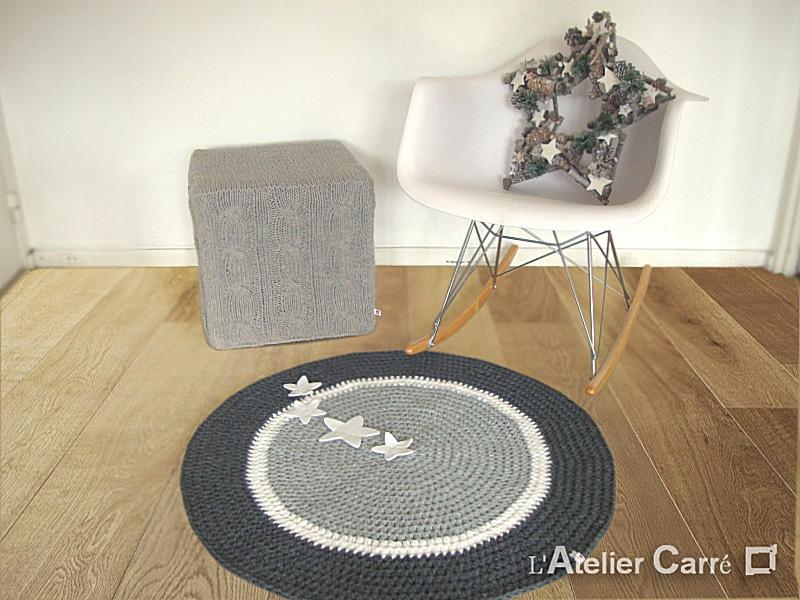 ehrf rchtige tapis rond gris l 39 id e d 39 un tapis de bain. Black Bedroom Furniture Sets. Home Design Ideas