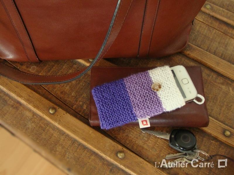 étui smartphone laine tricolore