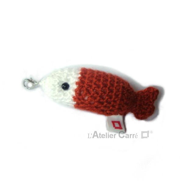 poisson-bicolore-crochet-rouille