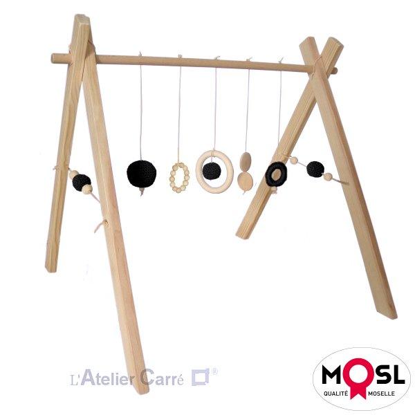 Portique d'éveil bébé arche d'activités en bois et crochet