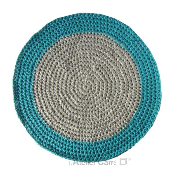 tapis-rond-laine-epais-bicolore-turquoise-clair