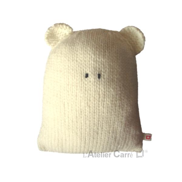 coussin doudou forme ours en tricot rembourré mousse PM blanc