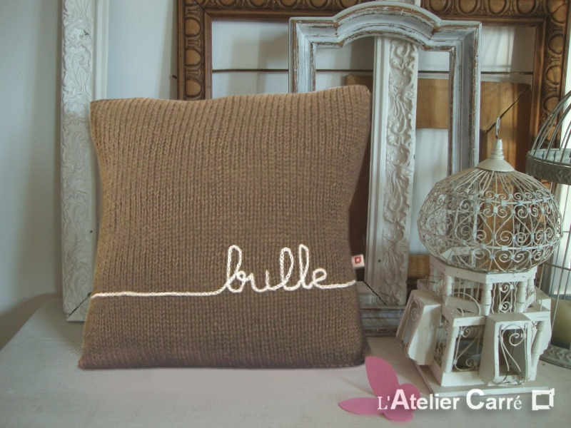 coussin-personnalisable-tricot-taupe