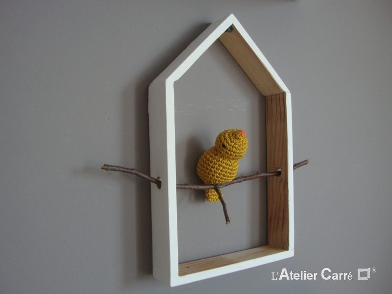 etagere-decorative-maison-oiseau-moutarde