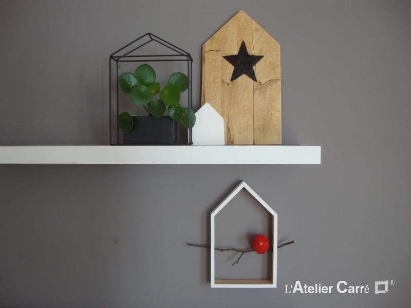 etagere decorative maison et oiseau au crochet