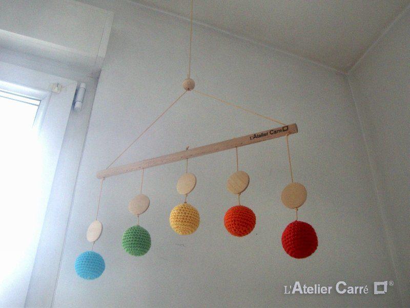mobile de gobbi en bois et crochet