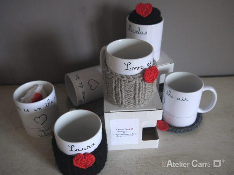 mug personnalisable prenom ou texte avec chaussette ou sous-tasse en laine